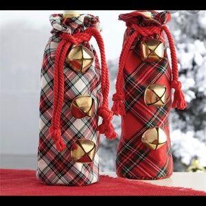 NWT—Tartan Jingle Bell Wine bags